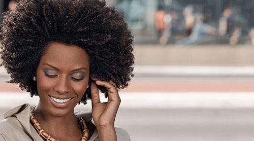 Conseils pour hydrater les cheveux crépus