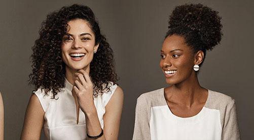 Les différents types de cheveux : du 1A au 4C. Découvrez le vôtre !